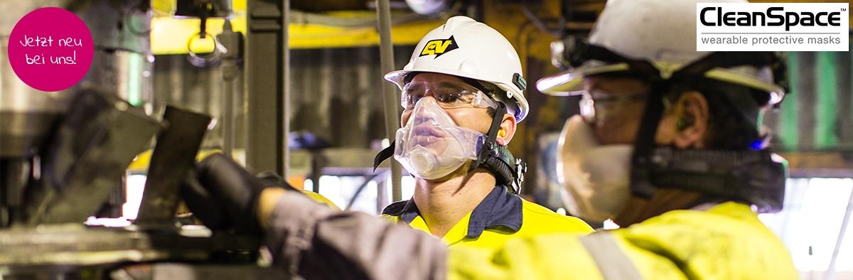 Arbeiter tragen CleanSpace Atemschutzgeräte
